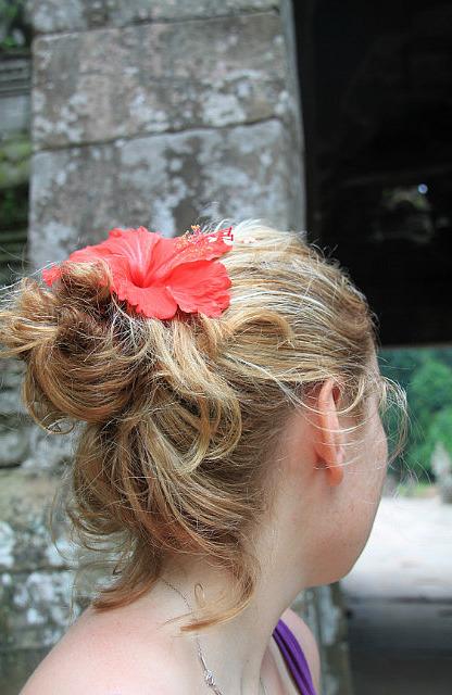 1.1344284730.flower-in-my-hair