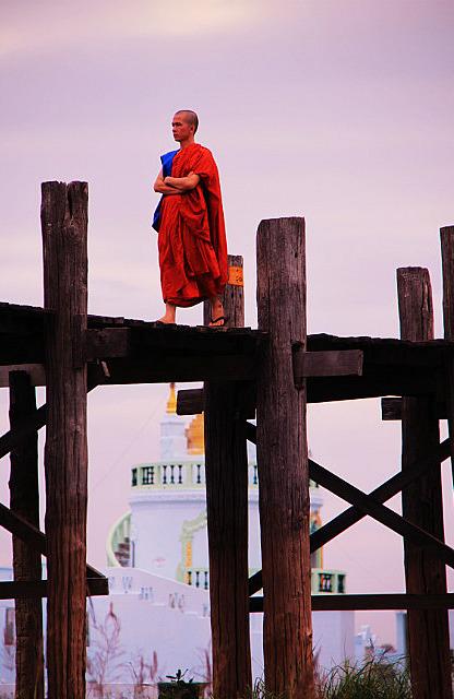 1.1355395763.monk