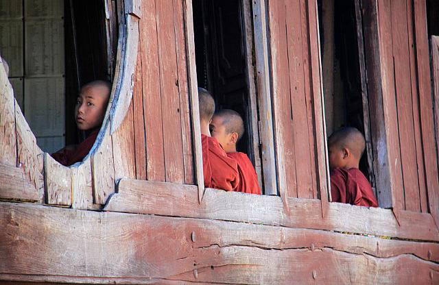 1.1355397428.3-monks