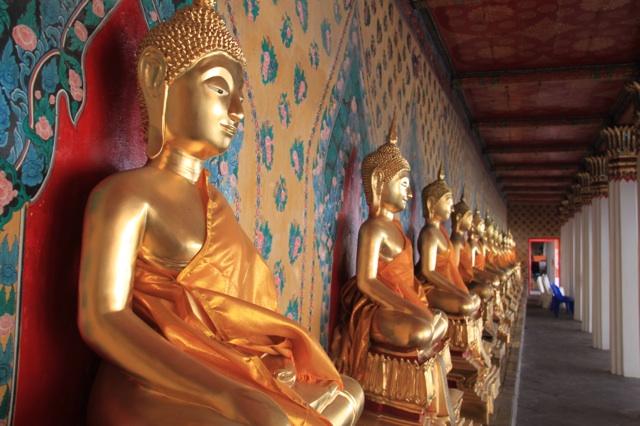 1.1359987273.1-buddhas