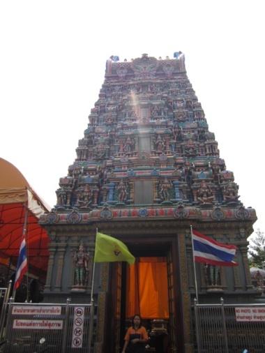 1.1363564800.hindu-temple