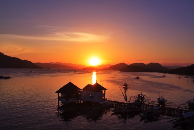 1.1363651200.coron-bay-sunset