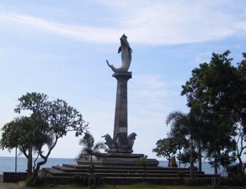 1.1365158335.1-dolphin-statue