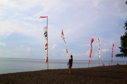 1.1365158335.lovina-beach