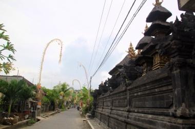 1.1365379200.streets-of-lembongan