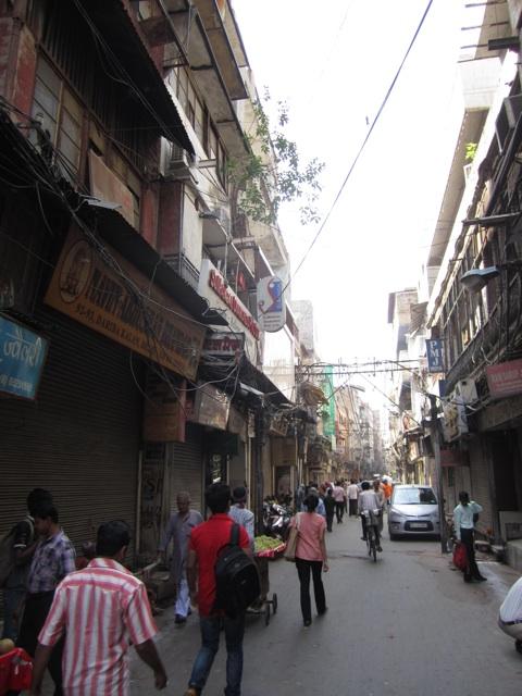 1.1366016585.streets-of-delhi