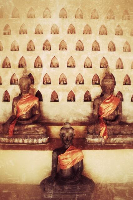 1.1368144000.laos-buddhas