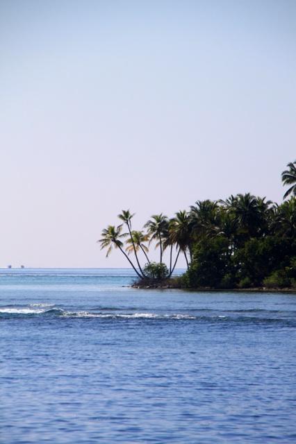 2.1384646400.deserted-islands