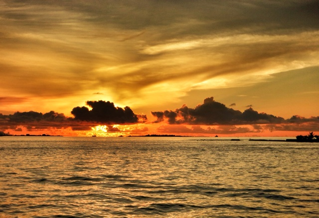 2.1384646400.sunset