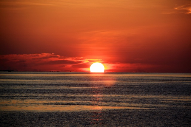 2.1384992000.sunset