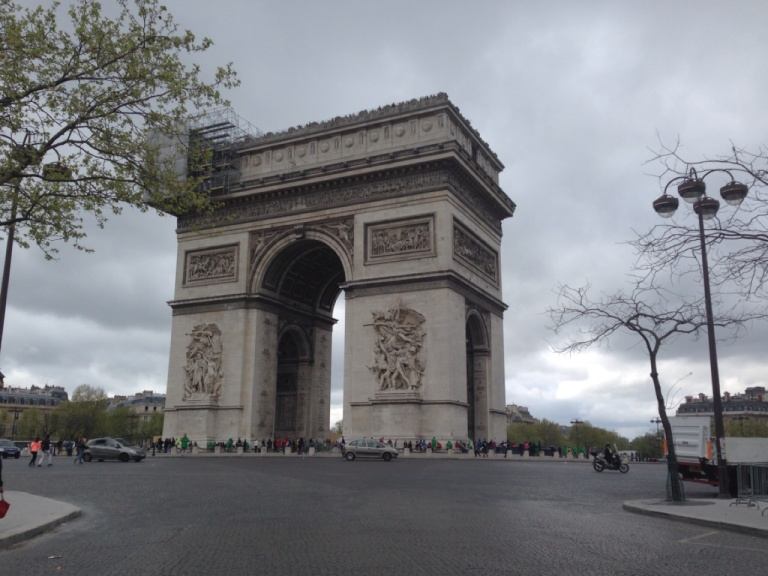 3.1393757015.arc-de-trimophe