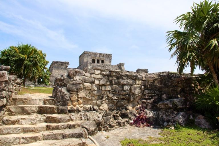 3.1393757045.tulum-ruins