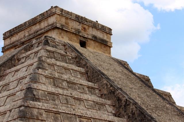 3.1397260800.pyramid