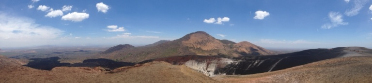 3.1398378445.view-from-the-top-of-cerro-negro