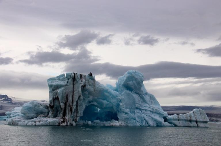 3.1408975812.blue-ice