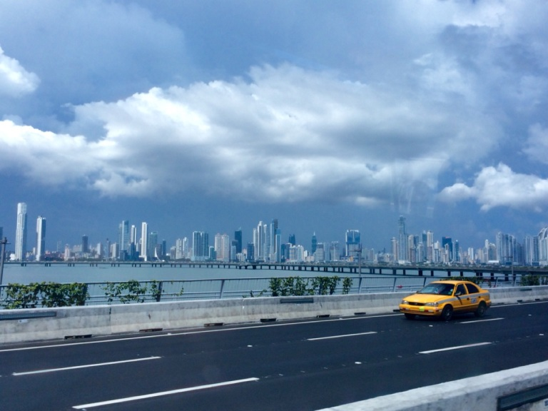 3.1416009600.panama-city-skyline