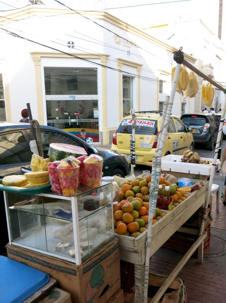 3.1416528000.fruit-stalls