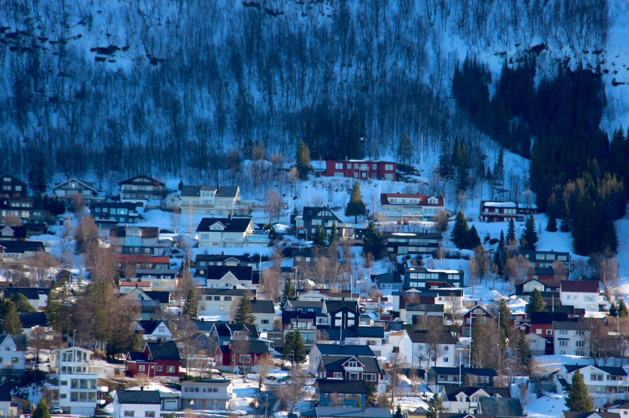 4.1426204800.snowy-houses