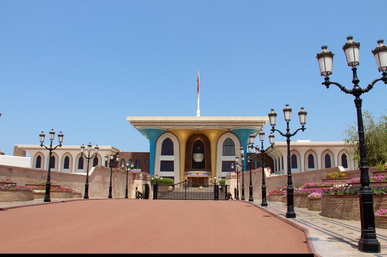 4.1427846400.al-alam-palace