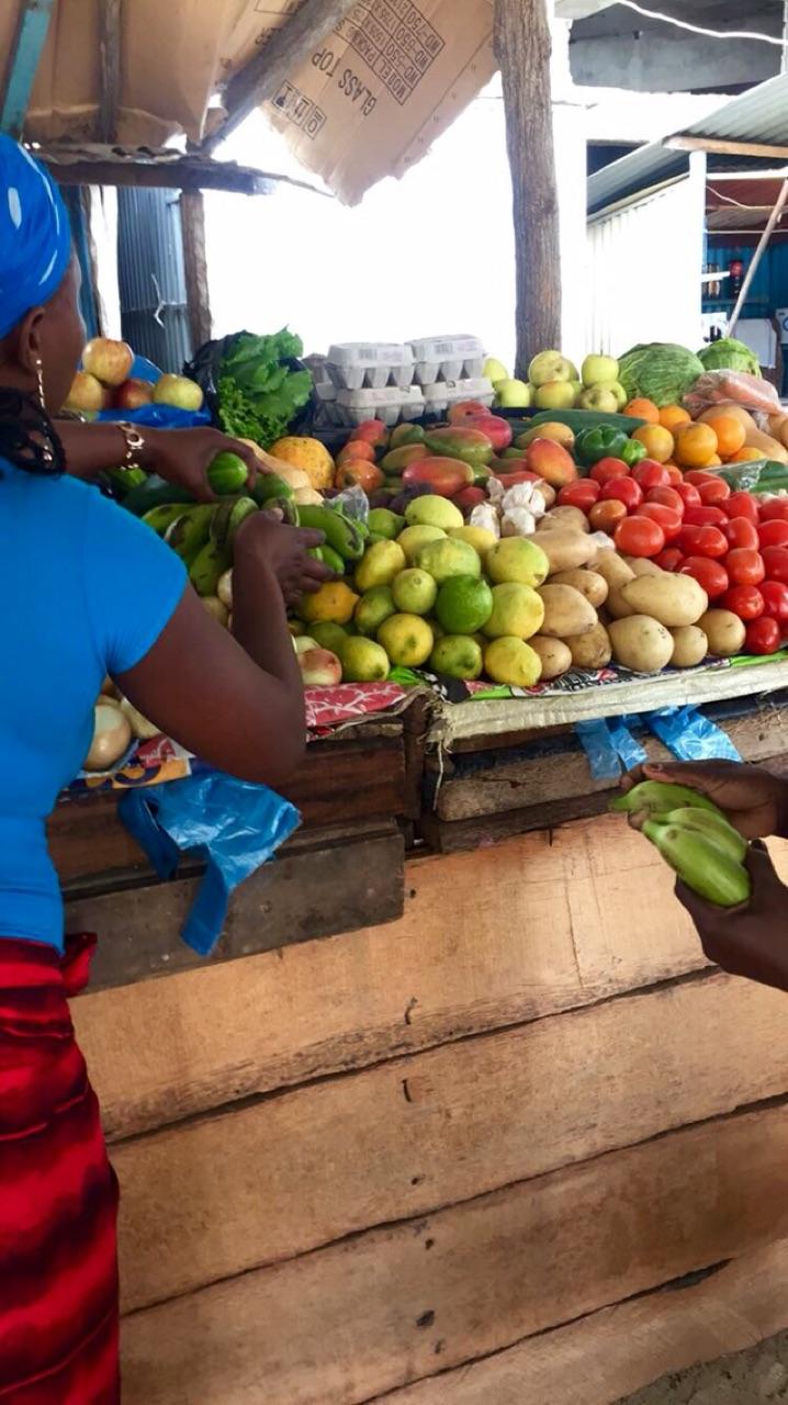4.1447459200.fruit-stalls