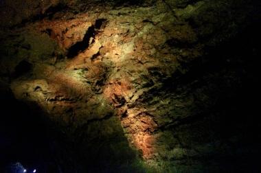 5.1458641580.1-lava-tunnel