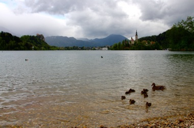 5.1462310123.the-lake