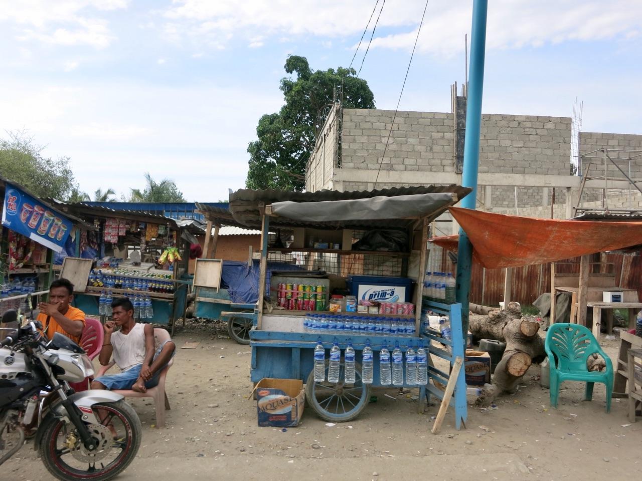 5.1478476800.roadside-stalls