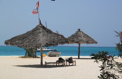 1.1325773945.beach
